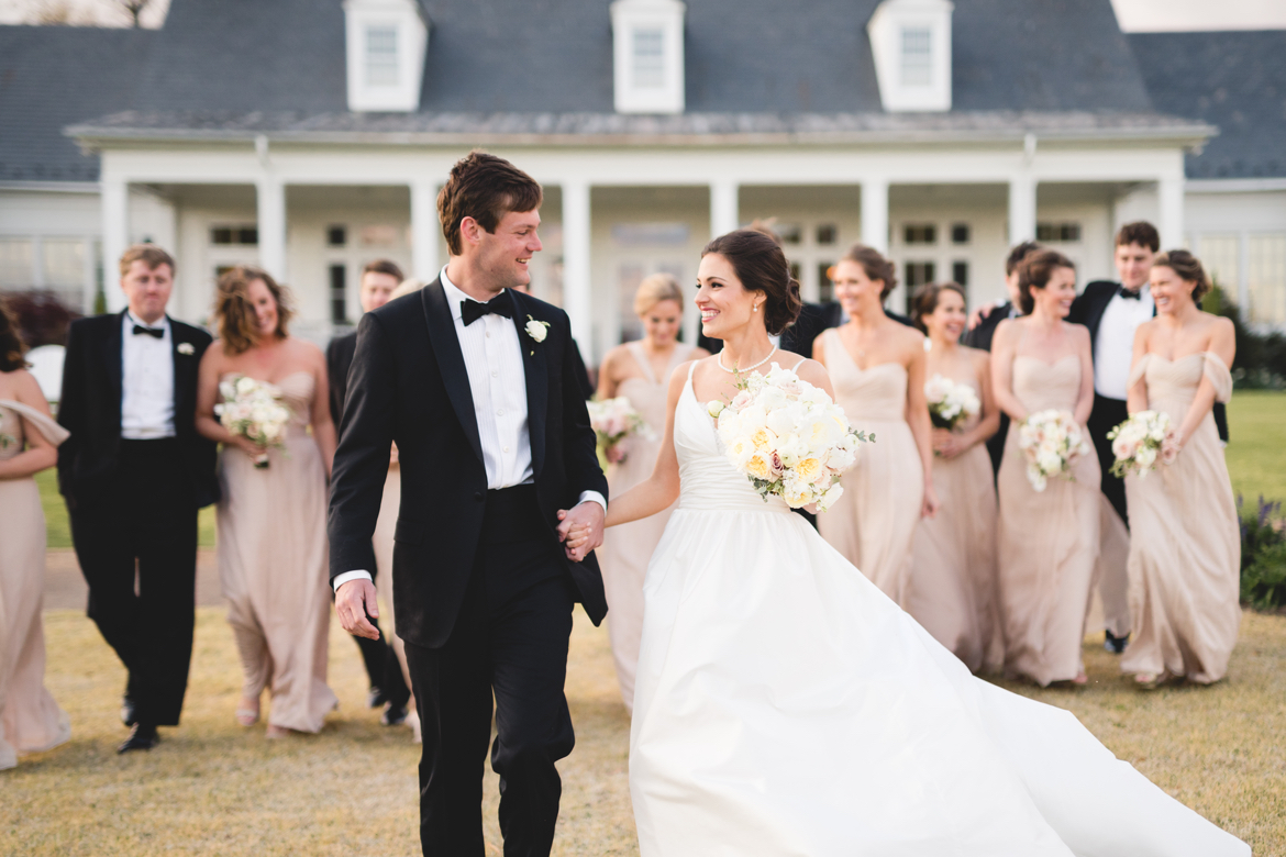 richmond-va-country-club-of-virginia-classic-wedding-party